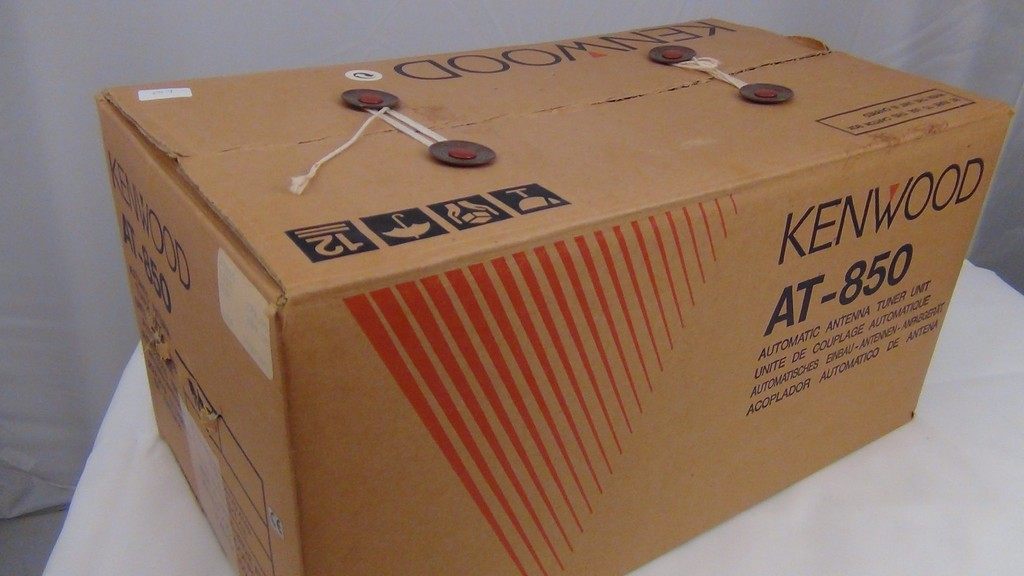 Kenwood AT-850 Antenna Tuner in Original Box